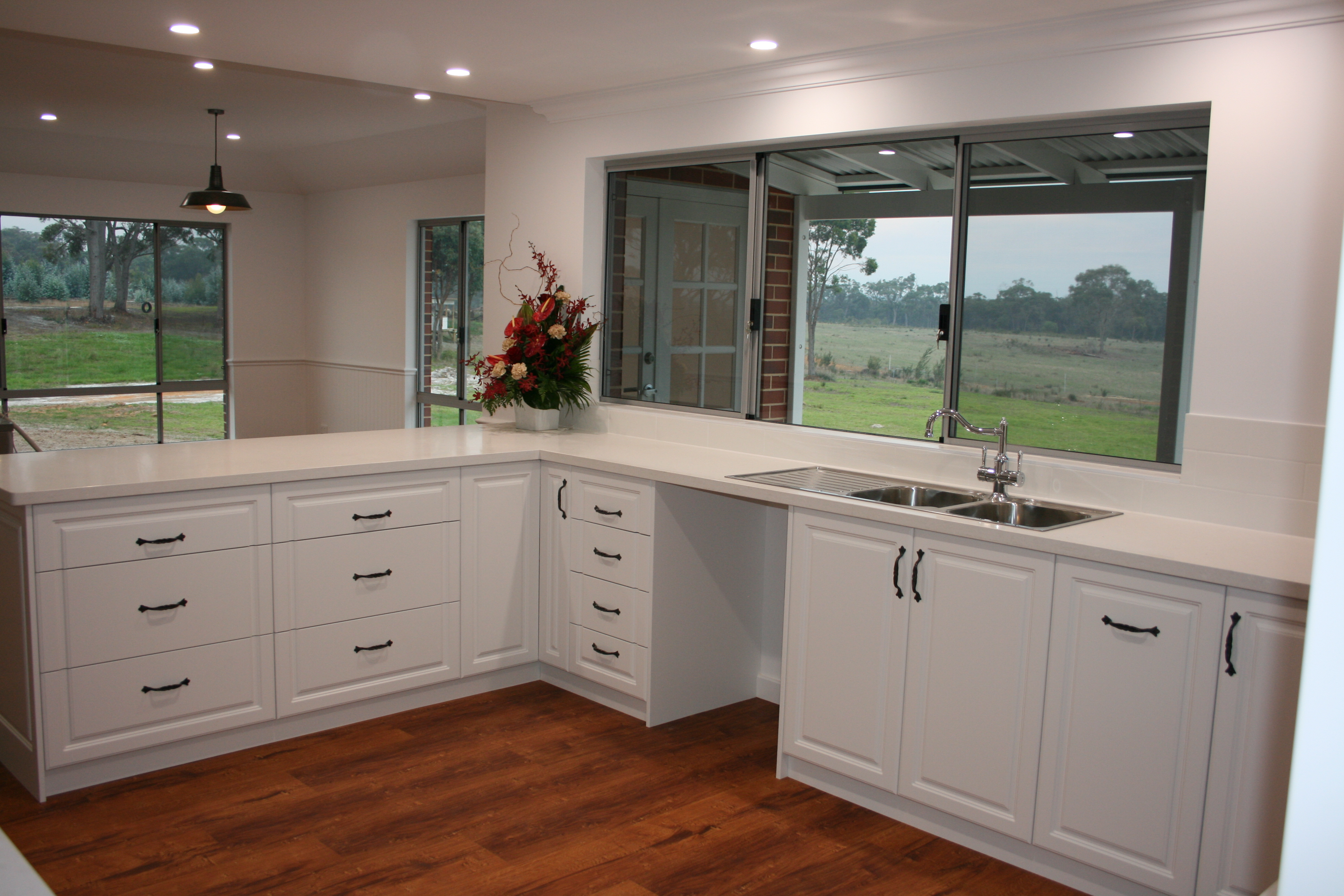 Albany cabinet makers wa mf cabinets for Cabinet makers